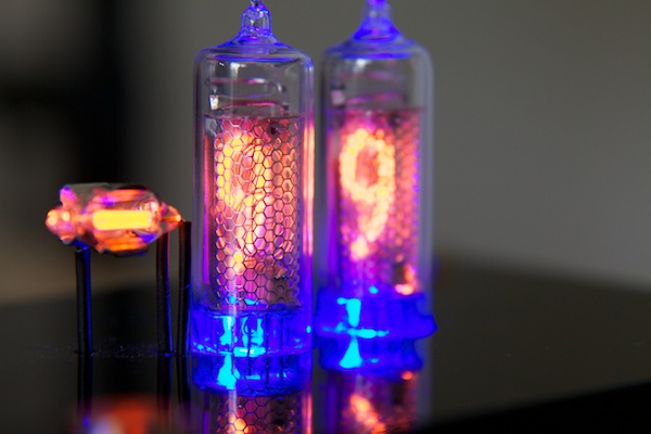 Temp'n'Glow Nixie Thermometer
