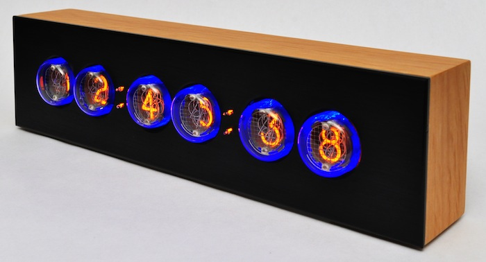 Black'n'Wood Nixie Clock